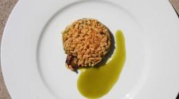 entree-crumble-de-foie-gras-et-reine-claude